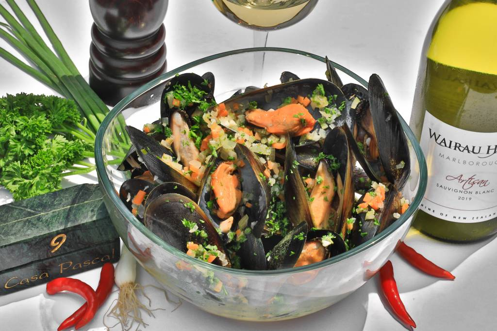 Live Fresh Mussels JET FRESH from Australia