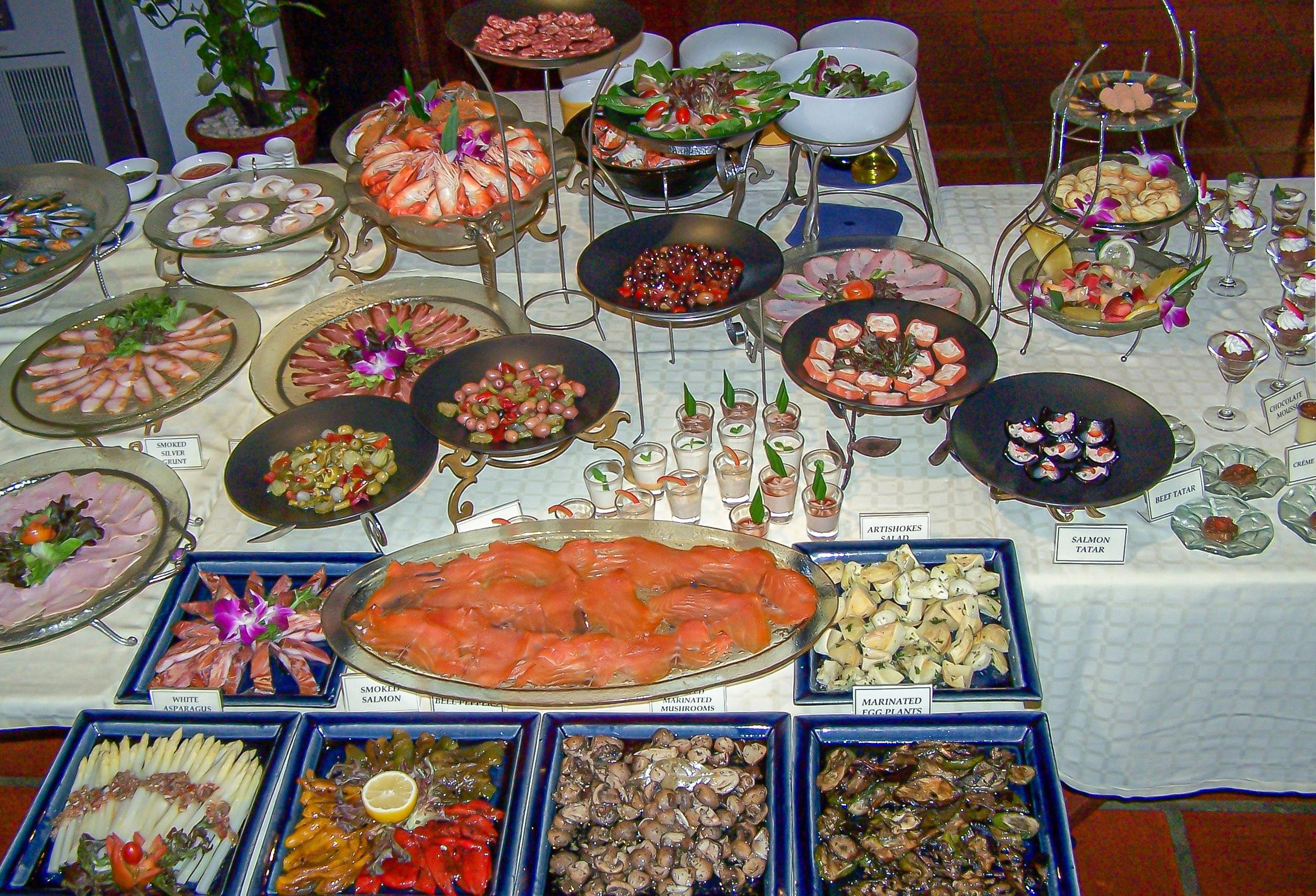 Seafood & BBQ Grill Buffet